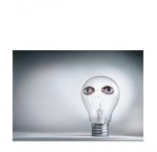 Aufblasbares Kunstobjekt Glühbirne - Borealis Zenita Komad - Erleuchtung - 500 cm - Bildrechte Staudinger-Stelzhammer