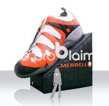 aufblasbarer großer Schuh - aufblasbare Produktnachbildung - Merrell Sportschuh