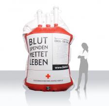 Aufblasbare Produktnachbildung - Rotes Kreuz Blutkonserve