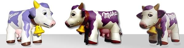 Die aufblasbare Kuh von Milka beeindruckt alle